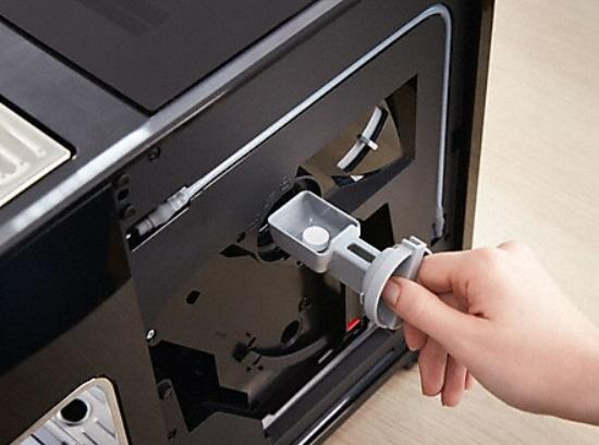 Automatische Spülfunktion und Reinigungsprogramme